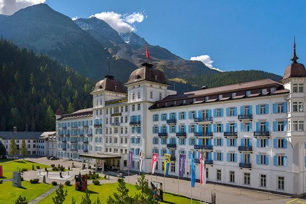 Façade ©Grand Hotel des Bains Kempinski St. Moritz