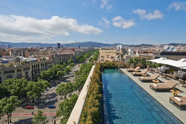 Outdoor Pool ©Mandarin Oriental, Barcelona