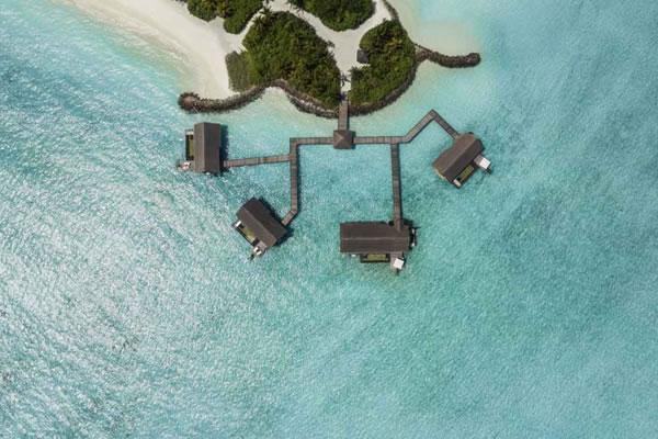 Grand Water Villas ©One&Only Reethi Rah, Maldives