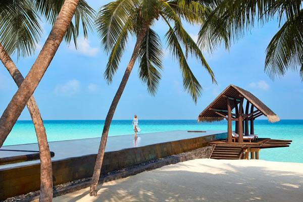 Lap Pool ©One&Only Reethi Rah, Maldives