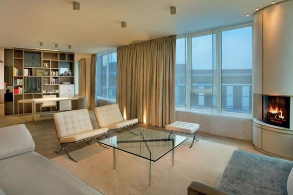 Black & White Suite Living ©The Ritz-Carlton, Wolfsburg