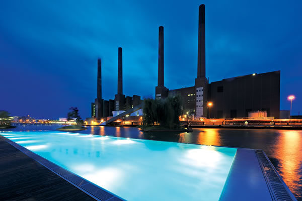 Outdoor Pool in the Bassin ©The Ritz-Carlton, Wolfsburg