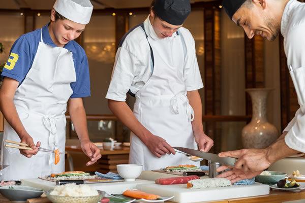 Sushi Making Workshop ©Four Seasons Hotel des Bergues Geneva