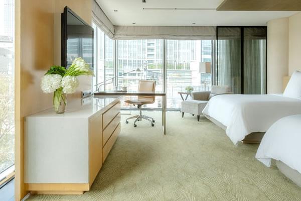 Deluxe Premier Room ©Four Seasons Hotel Tokyo at Marunouchi
