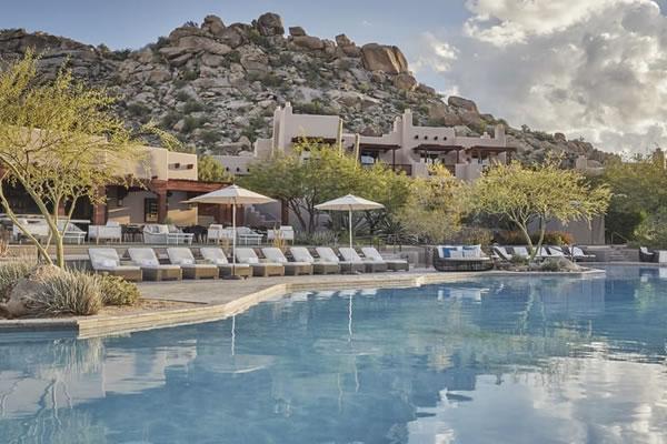Bi-Level Heated Pool ©Four Seasons Resort Scottsdale at Troon North