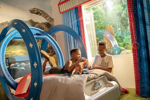 Jurassic Suite at Loews Royal Pacific Resort ©Universal Studios Orlando