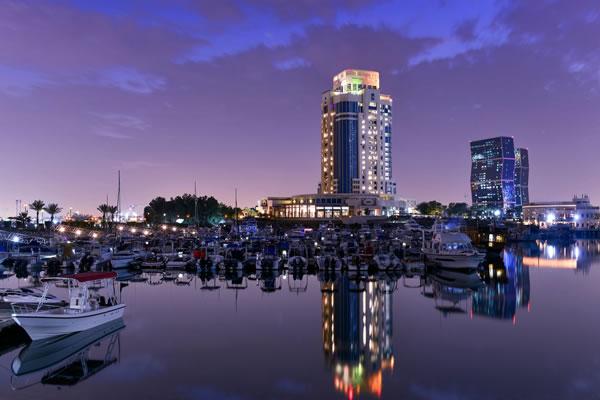Exterior by Night ©The Ritz-Carlton, Doha