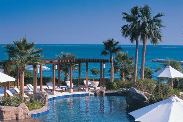 Outdoor Pool ©The Ritz-Carlton, Doha