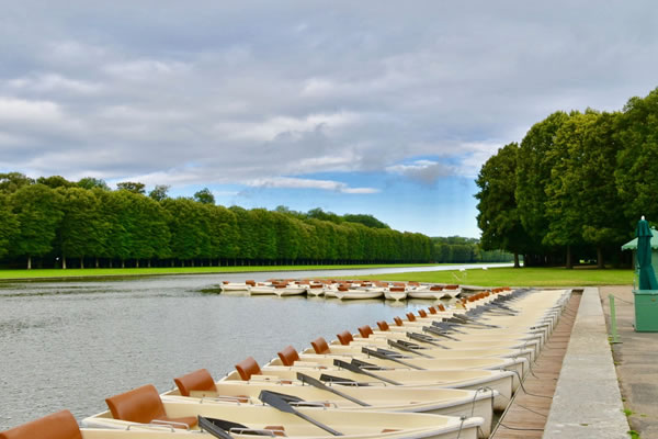 Rowing Boats at Grand Canal in the Park of Versailles ©Ilonka Molijn