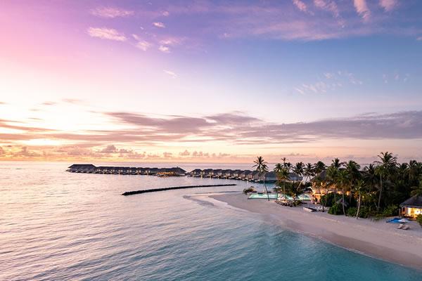 Stunning Sunset ©Baglioni Resort Maldives
