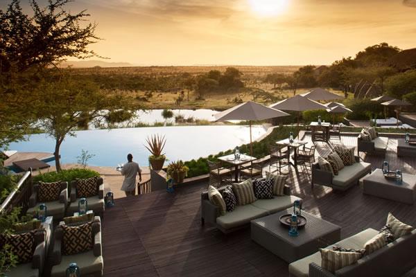 Maji Bar and Terrace ©Four Seasons Safari Lodge Serengeti