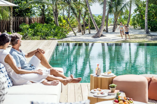 Family in Three Bedroom Royal Beachfront Residence ©InterContinental Maldives