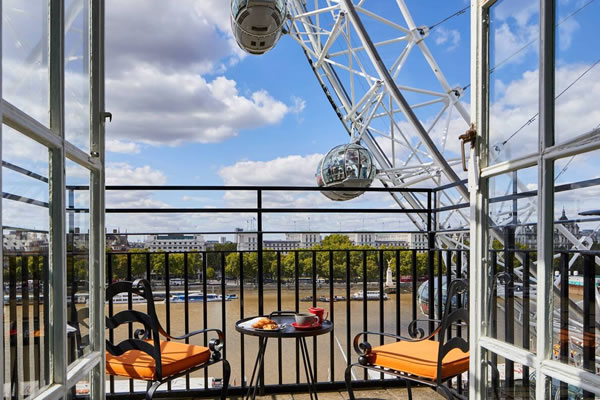 View from the Balcony Suites ©London Marriott Hotel County Hall