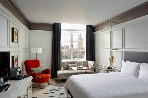 Big Ben Guest Room ©London Marriott Hotel County Hall