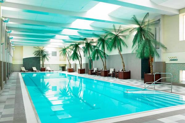 Indoor Swimming Pool ©London Marriott Hotel County Hall