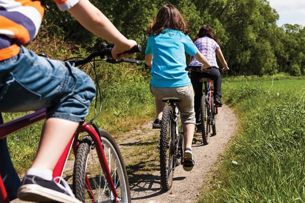 Complimentary Mountain Bikes for Adults and Kids ©Four Seasons Resort Chiang Mai