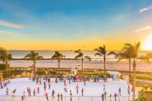 Skating by the Sea®  ©Hotel del Coronado